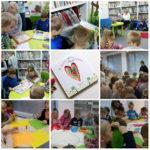 """Grupa Czerwona z Przedszkola """"Pod Topolą"""" na lekcji bibliotecznej o uczuciach"""